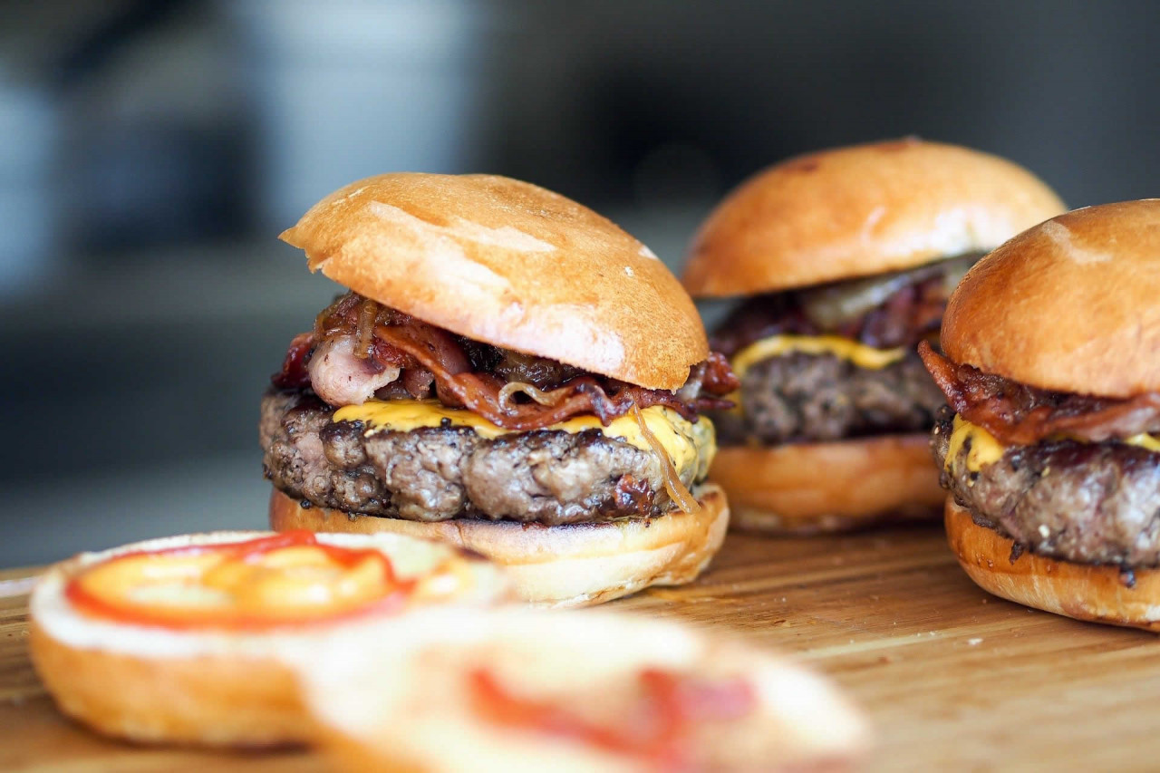 National Cheeseburger Day in USA in 2021 | There is a Day for that!