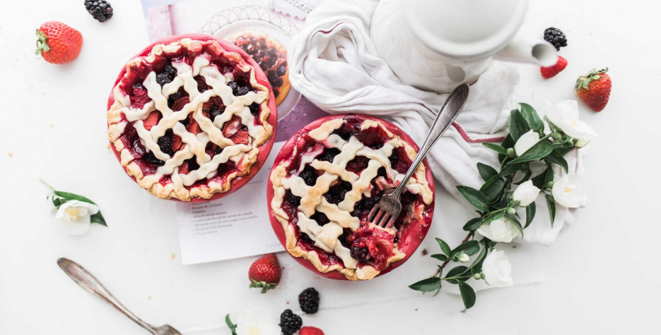 National Strawberry Rhubarb Pie Day in USA in 2021