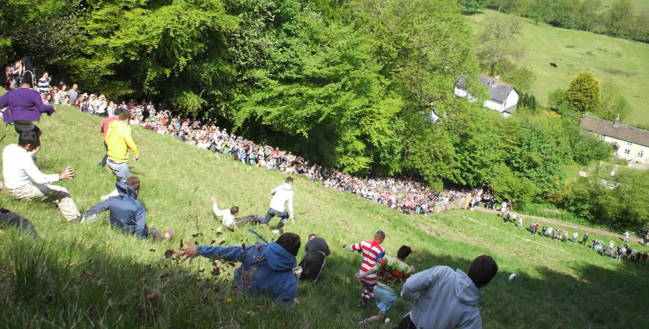 Find out the dates, history and traditions of Gloucestershire Cheese Rolling