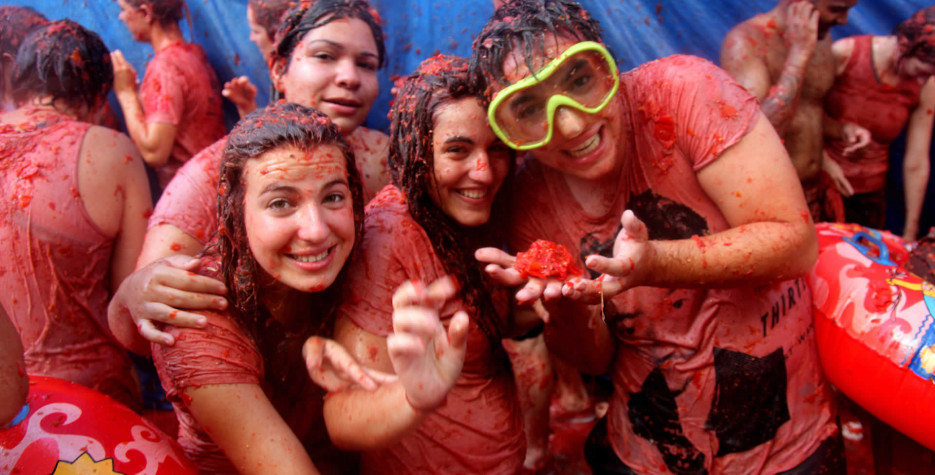 Find out the dates, history and traditions of La Tomatina.